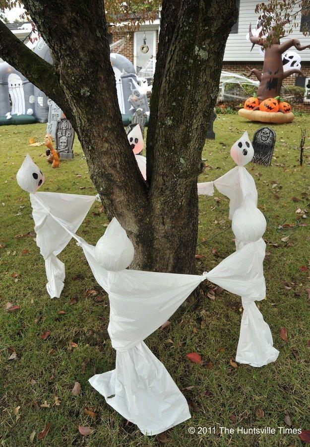 IDEAS  INSPIRATIONS Halloween Decorations - Outdoor Halloween - halloween ghost decor
