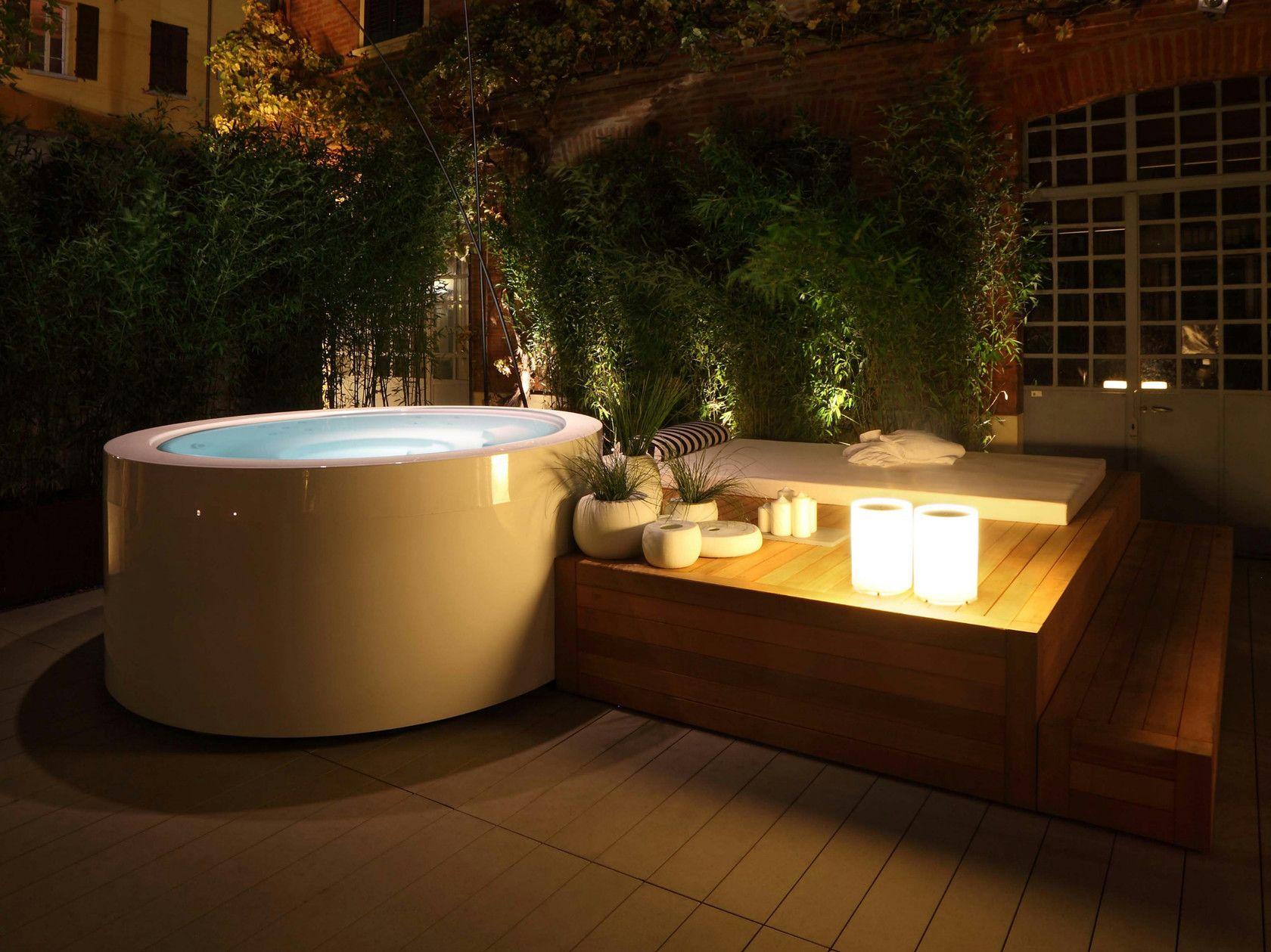 Minipool Round Hot Tub By Kos By Zucchetti Design Ludovica Roberto Palomba In 2020 Round Hot Tub Hot Tub Garden Hot Tub Designs Modern outdoor jacuzzi tub