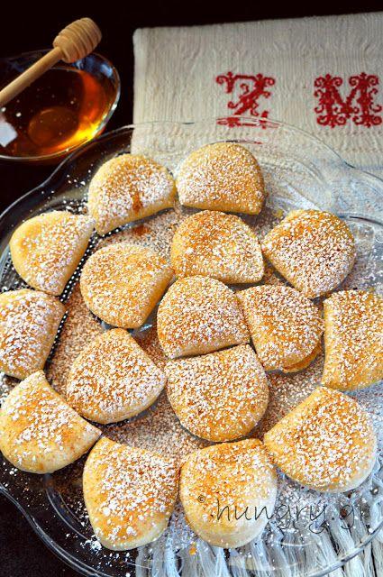 Kitchen Stories: Cretan Sweet Cheese Mini Pies/ Kalitsounia-DIY