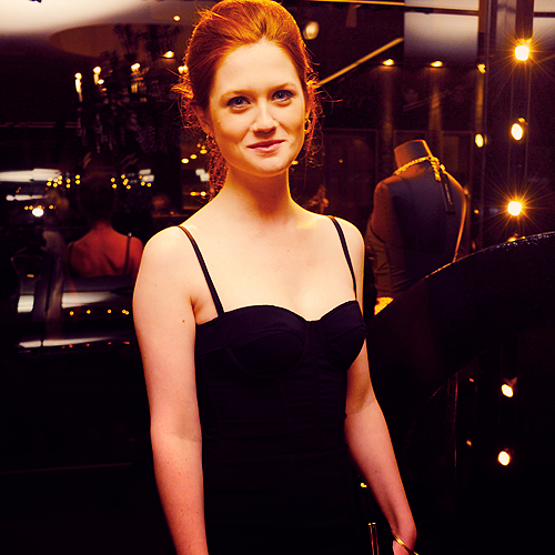 bonnie wright haircutbonnie wright 2016, bonnie wright 2017, bonnie wright tumblr, bonnie wright gif, bonnie wright and jamie campbell bower, bonnie wright films, bonnie wright boyfriend, bonnie wright movies, bonnie wright wikipedia, bonnie wright insta, bonnie wright simon hammerstein, bonnie wright fb, bonnie wright wdw, bonnie wright email, bonnie wright 2017 instagram, bonnie wright soles, bonnie wright haircut, bonnie wright happy birthday, bonnie wright instagram official, bonnie wright vegan