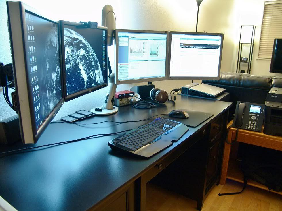 4 monitor setup Desktop Area Pinterest Monitor Computer