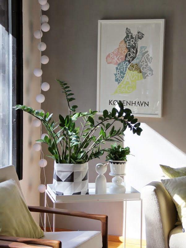 CIRKUS: In the livingroom // poster from Kortkartellet