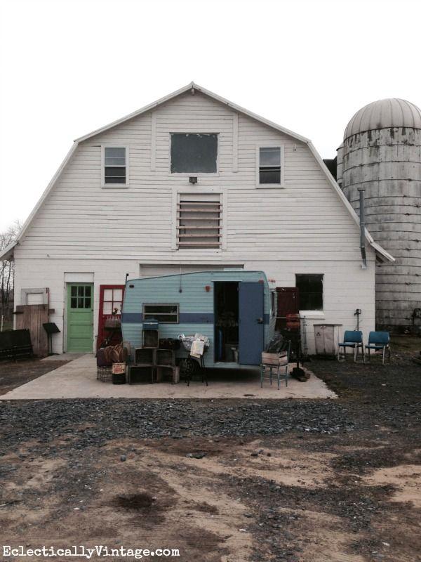 Vintage Lover's Paradise in an Old Barn! | DIY Ideas | Sweet