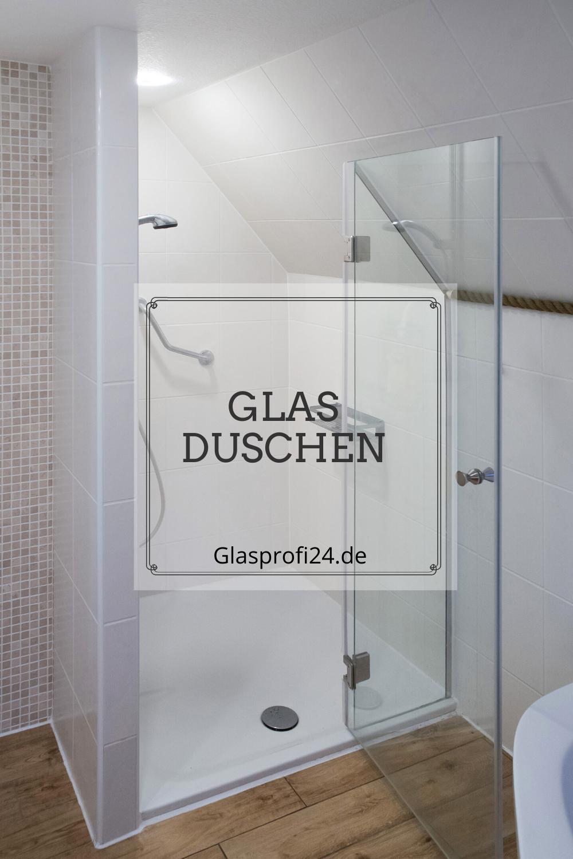 Moderne Badgestaltung Mit Glas Duschabtrennung In 2020 Badgestaltung Dusche Duschabtrennung