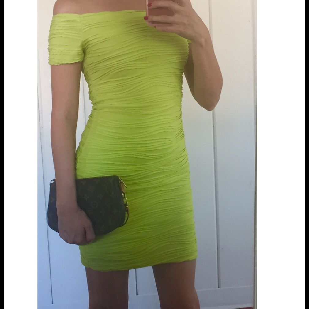 Wet seal neon greenyellow dress sz s wet seal neon green and neon
