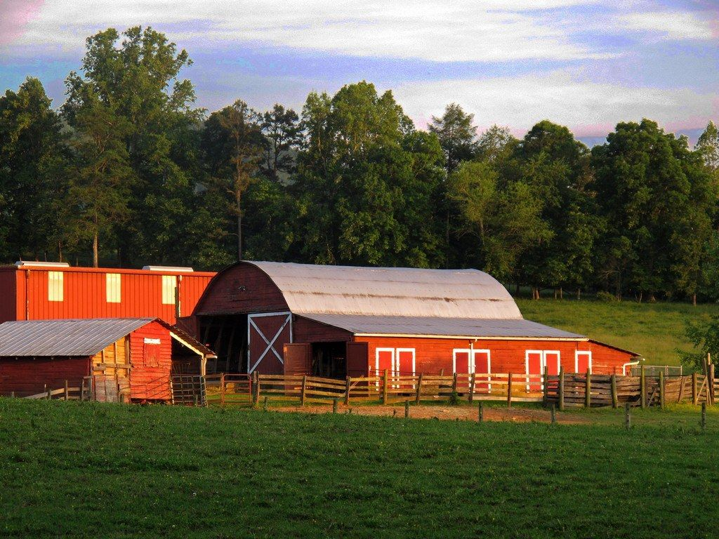 How about a rustic ranch wedding, complete with barn, horses, chapel and lots of gorgeous scenery?