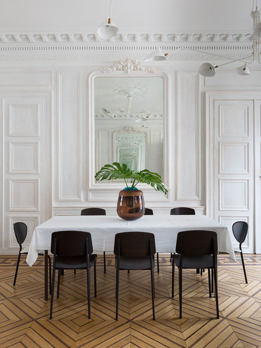 Parisian Dining Room Paris Apartmentstudio Razavi Architecture  Photostephan