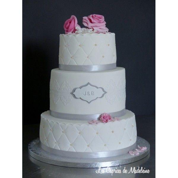 le gâteau aux roses (à étages ou wedding cake)   les caprices de