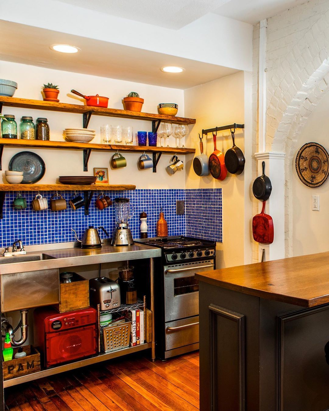Apartment Therapy On Instagram This Tiny Boston Space Is Located