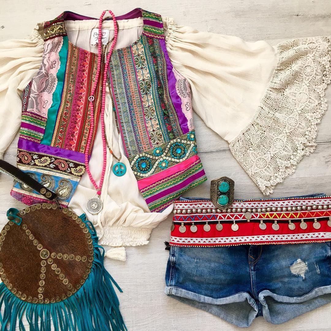 """Ready for summer? ☀️☀️ tap for brands #ootd #summer #look #hippie #ibizastyle #boho #bohobag #melissimo #loveforeverchic #dressmijo #gypsy #gypsetstyle…"""