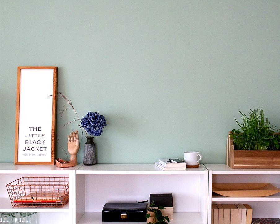 Es Gibt Rume Die Brauchen Einfach Farbe Hterin Der Freiheit Von Alpina Feine Farben Ist Perfekte Farbton Fr Unser Wohnzimmer Modern