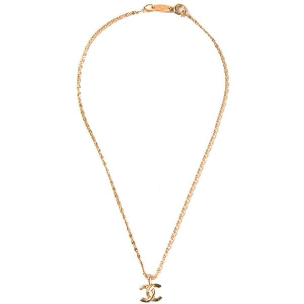 CHANEL VINTAGE small CC necklace ($655) ❤ liked on Polyvore featuring jewelry, necklaces, accessories, chanel, collane, chanel necklace, vintage jewelry, charm pendant, vintage necklaces and charm pendant necklace