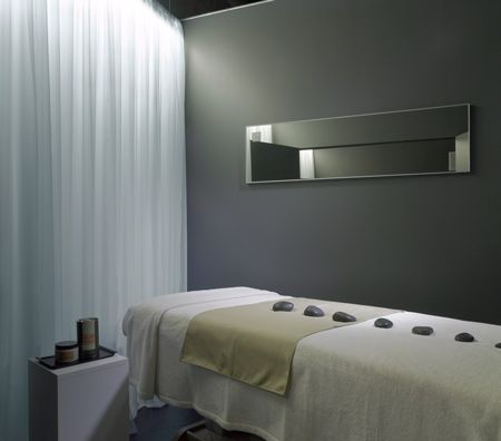 simple but nice massage room massage interior spa. Black Bedroom Furniture Sets. Home Design Ideas