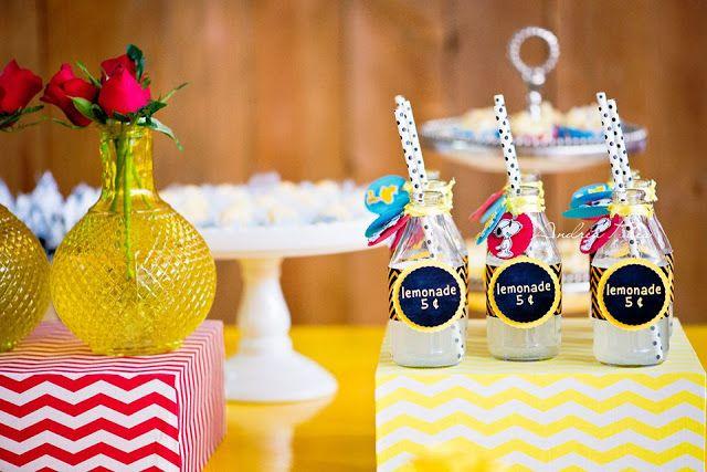 Festa do Snoopy / Peanuts Party Ideas. Decor: Fabiane Almeida Designer de Eventos Pics: Andrea Paes