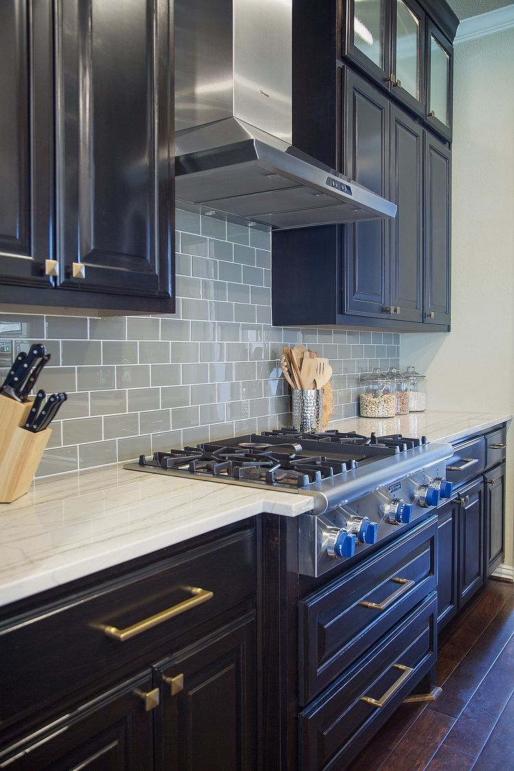 Backsplash Designer dos & don'ts of kitchen backsplash design | quartzite countertops