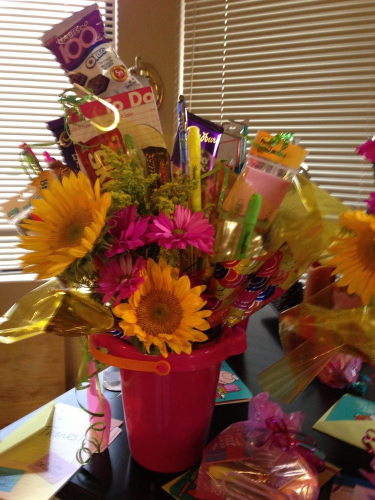 administrative professionals day gifts covid