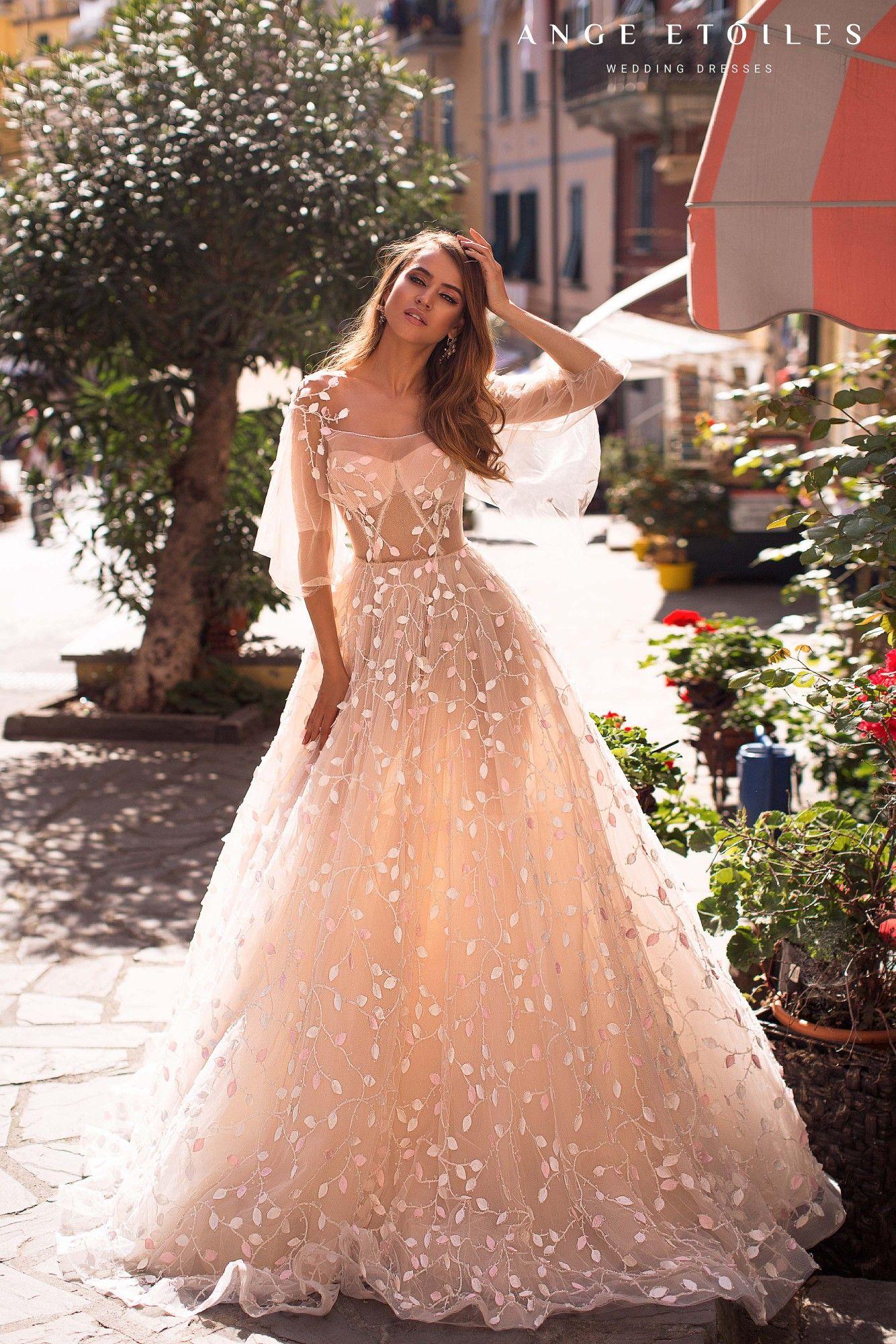 724e0cb884a Pin by Vanda Desiree on ♥Wedding dresses♥