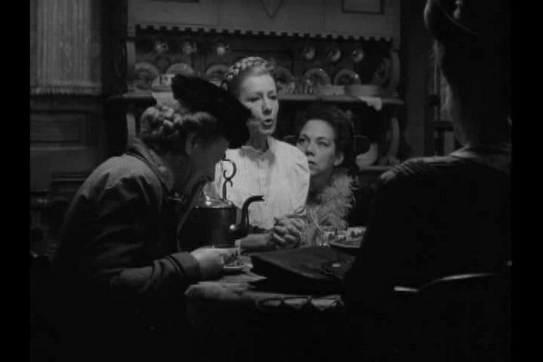 Hope Landin, Irene Dunn, Ellen Corby and Edith Evanston(back to camera) - I Remember Mama (1948)
