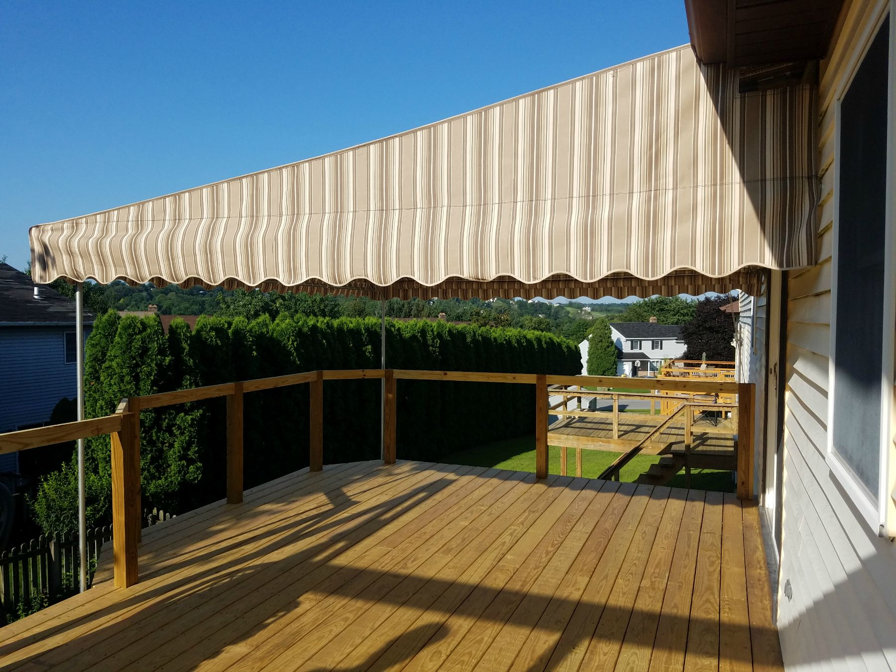 Beautiful Shade For Your Deck Install A Stationary