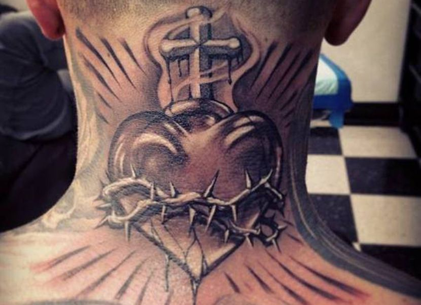 Tatuajes De Corazon Con Espinas Un Simbolo De Origen Medieval Tatuaje Corazon Tatuajes Religiosos Tatuaje Chicano