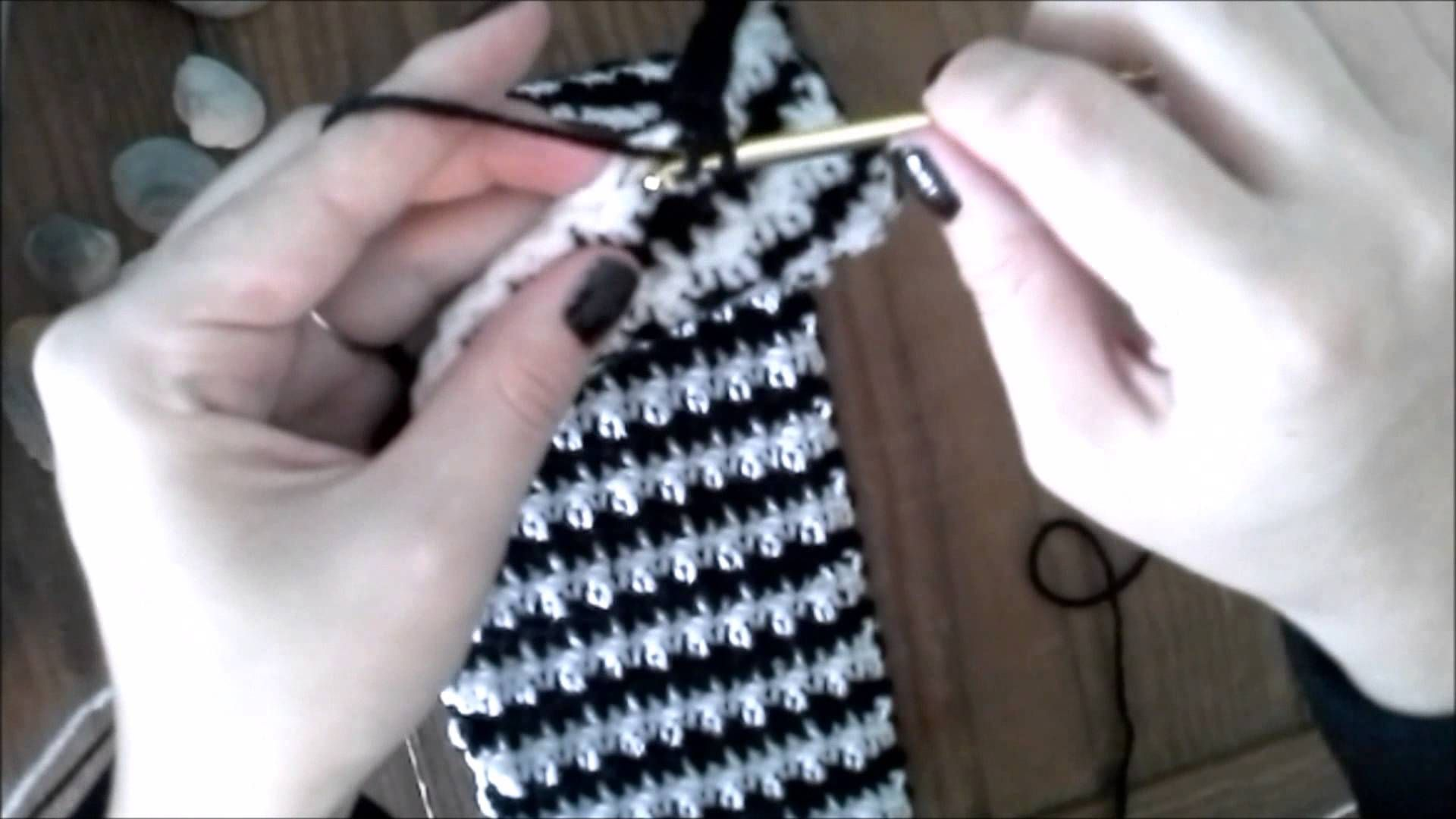 Hounds Tooth \'Houndstooth\' How-To (Best Way) | VIDEOCROCHET 1 ...