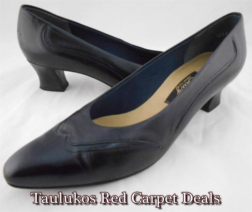 Vintage brand! NormCore! Career mid-heel pumps! Perfect for work, church, or special events.  #SELBY Comfort Flex Navy #Blue #NormCore High #Heels #Pumps #Narrow Women's #shoes
