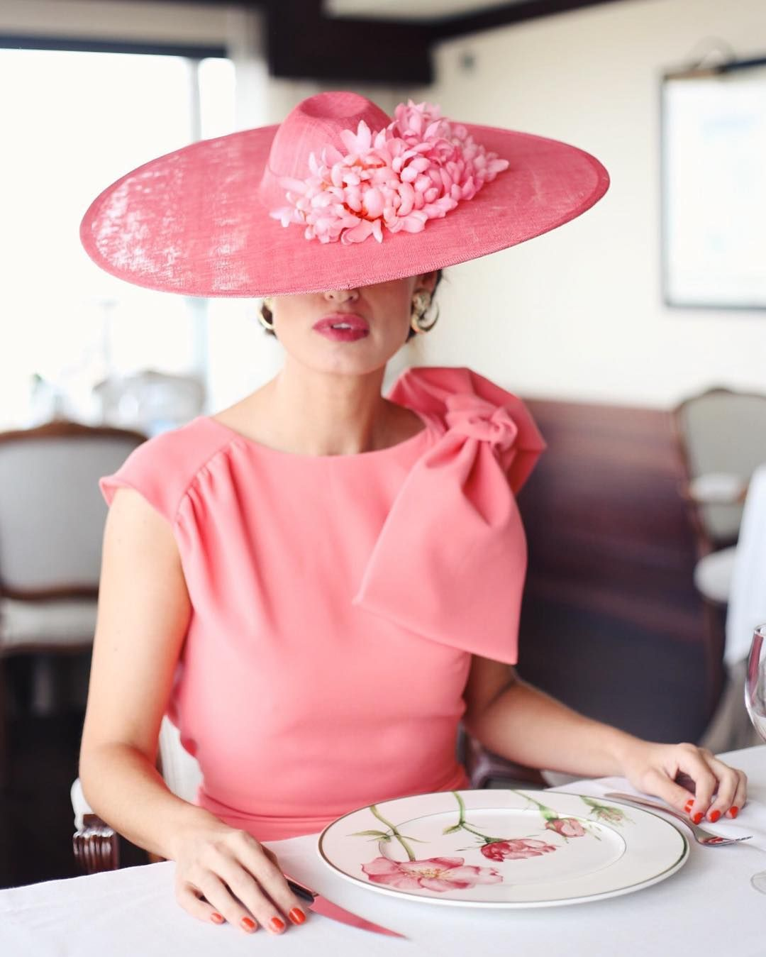 🌺🌺🌺 #realladieswearcherubina Vestido Texas coral & sombrero en www.cherubina.com