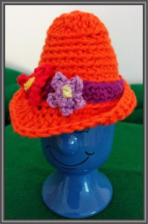 Eierwärmer Hut mit Blumen | Eierwärmer | Pinterest | Eierwärmer ...