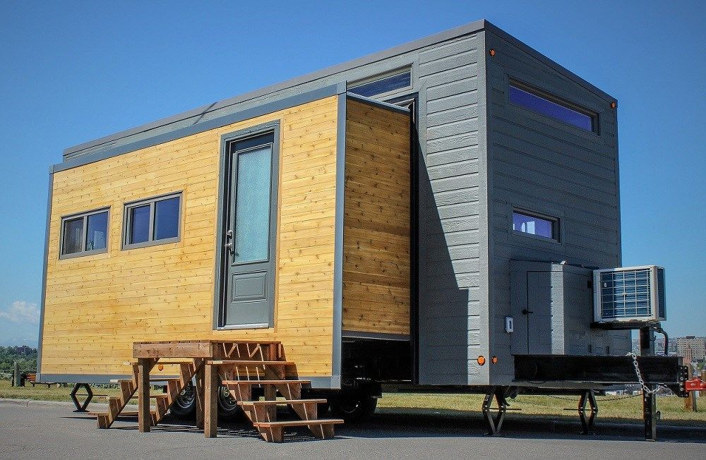 Groovy Tiny House That Expands To 374 Sq Ft Using Slide Outs Download Free Architecture Designs Meptaeticmadebymaigaardcom