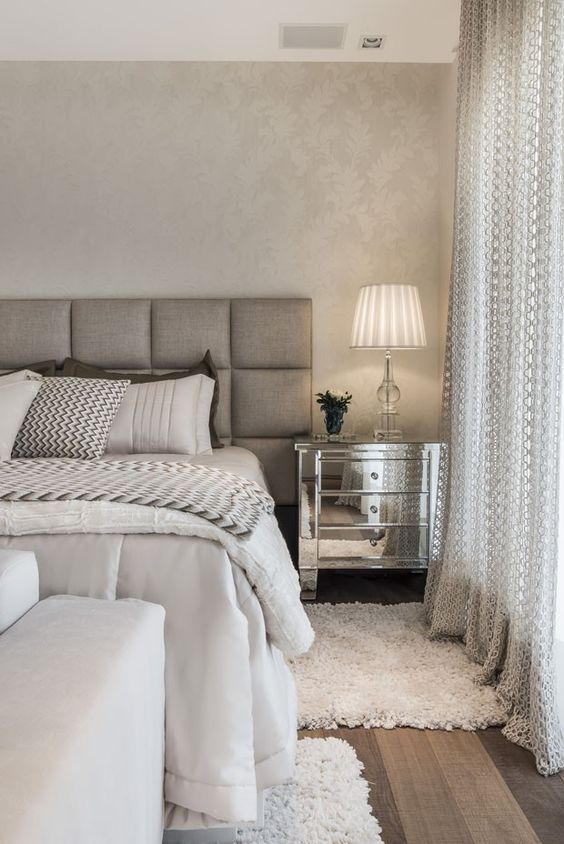 Plateados con cajones dormitorios de matrimonio moderno pinterest dormitorio cabeceros y - Cabeceros plateados ...
