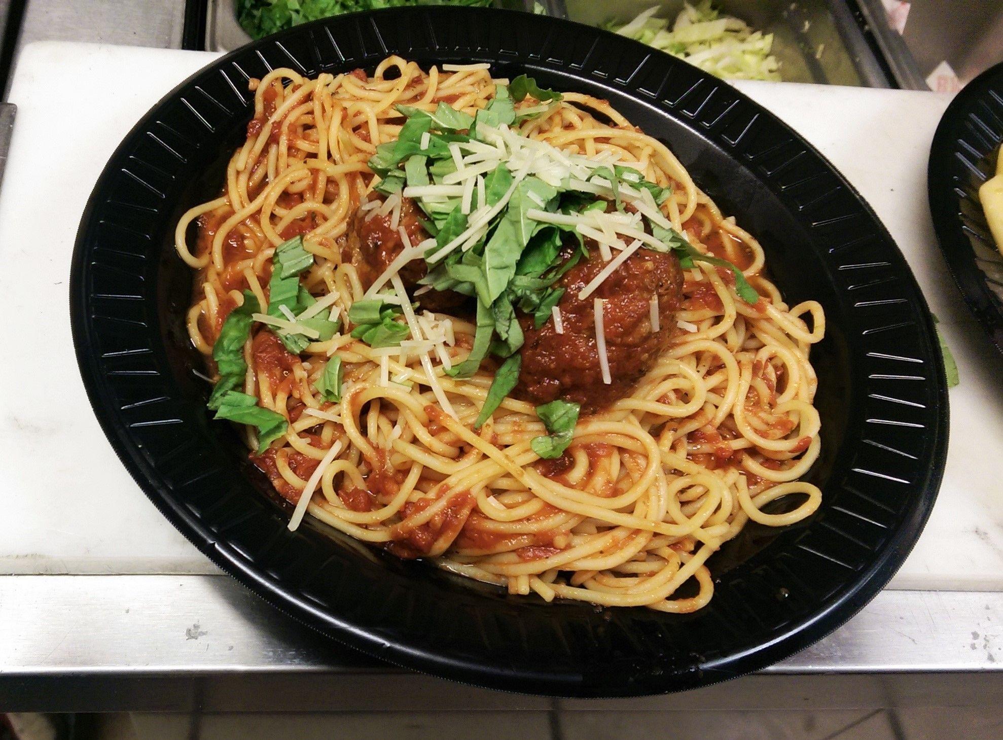 Always a great choice! #BMPP Spaghetti and Meatballs.  www.bigmamaspizza.com/locations