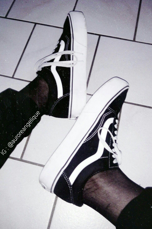 Old Skool  vans  vansgirls  vansskate  oldskool  black  white  blackandwhite 2b7f46c67fb3
