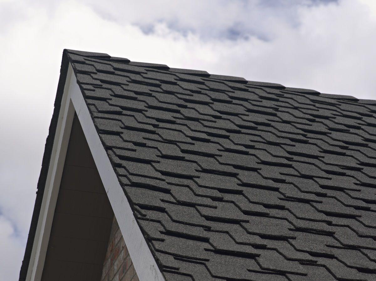 Certainteed Presidential Shake Luxury Roof In Charcoal Black