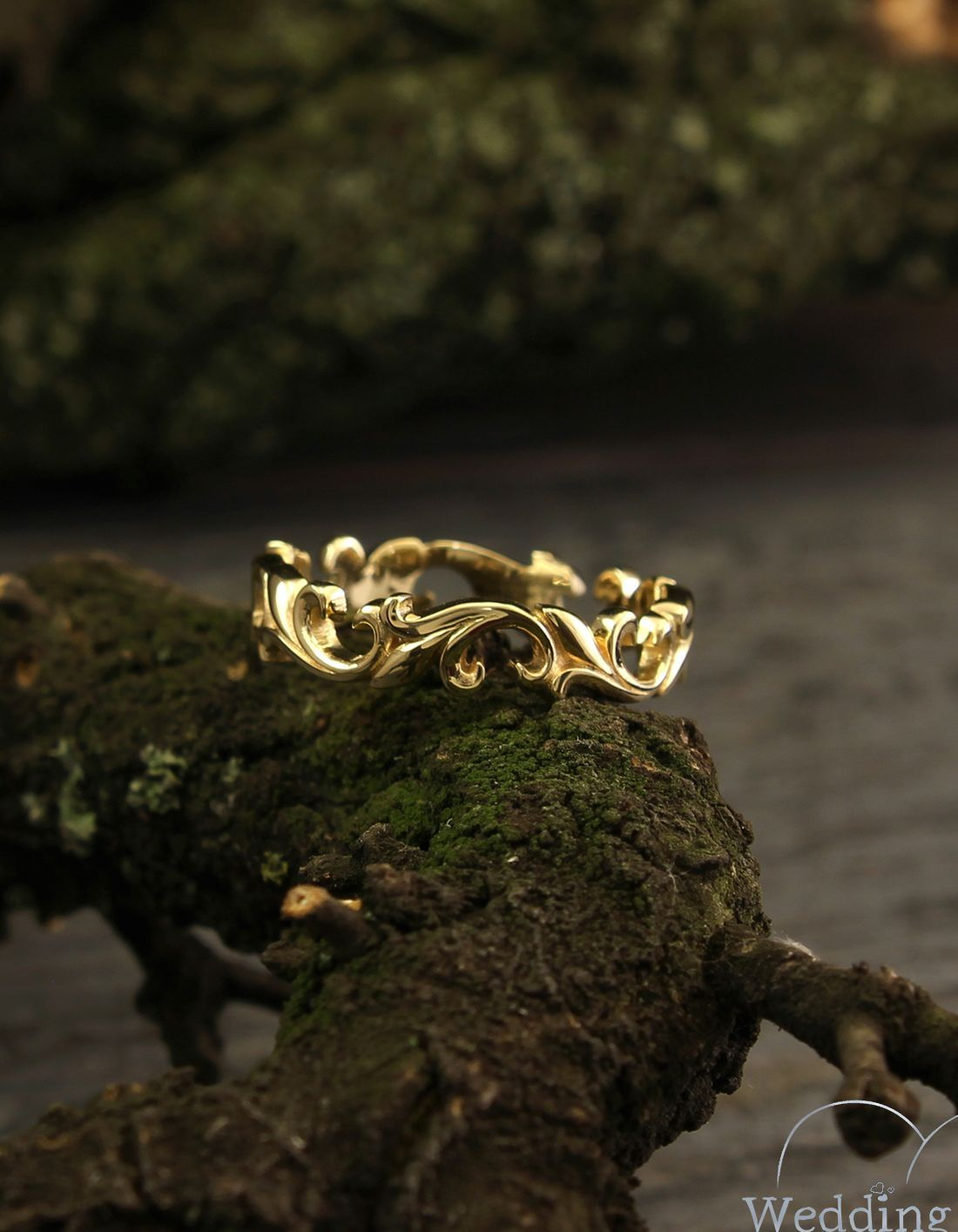 Unusual Leaves Wedding Band Vintage Style Womens Wedding Band