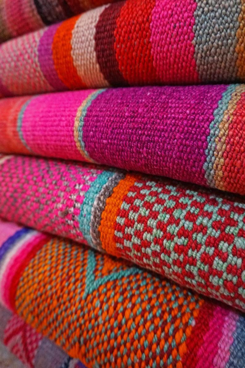 Peruvian colorful blankets / carpet / Rug / Frazad