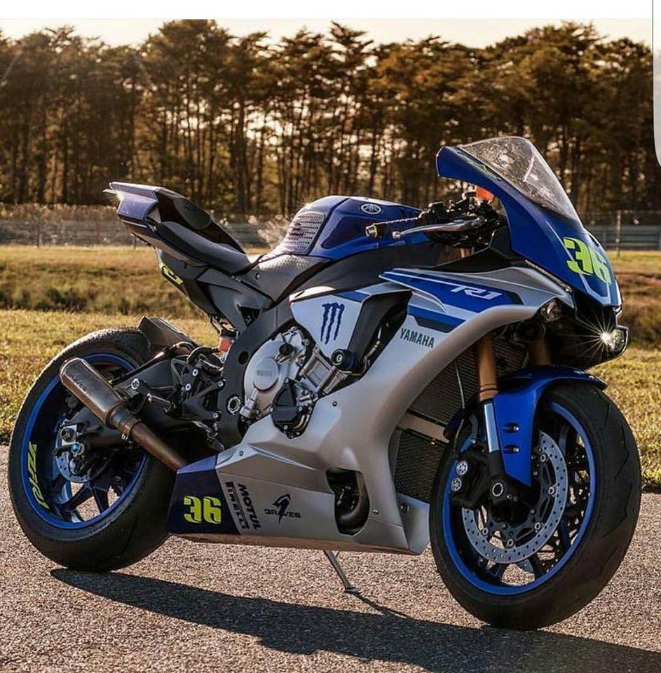 Yamaha R1 RN32