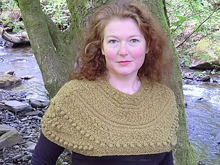 Moldcapeknitted_small2
