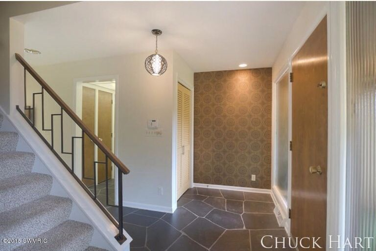 Lighting Basement Washroom Stairs: Love This Original Midcentury Stair Railing! Simple, But