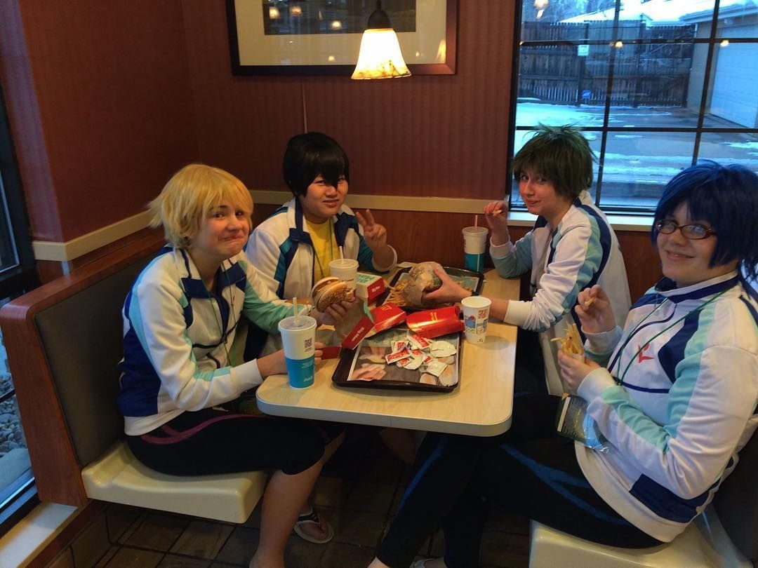That was so fun eating in Wendy's in cosplay. Probably freaked most the people out who were in there  #cosplay #cosplayer #anime #animecosplay