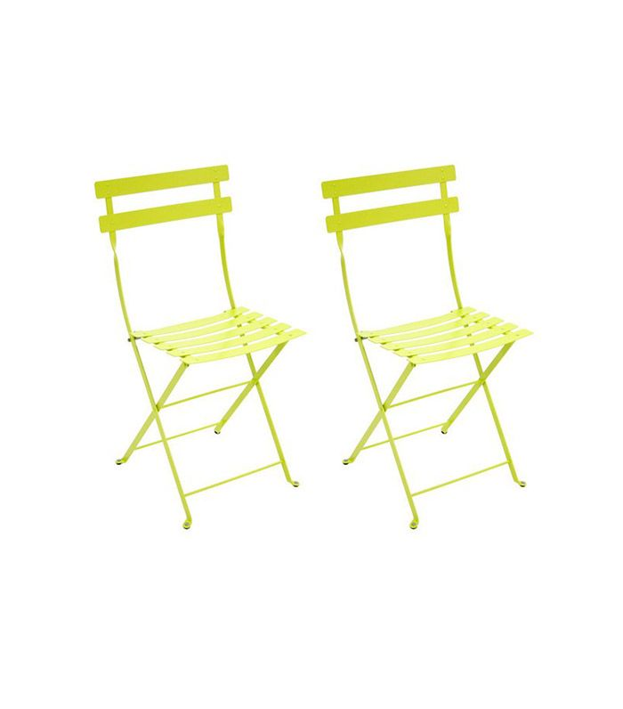 Design 101 19 Iconic Chairs Everyone Should Know Metal Bistro Chairs Bistro Furniture Patio Furnishings