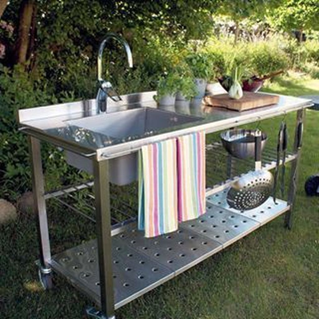 20 Cozy Outdoor Kitchen Decor Ideas For You Outdoor Kitchen Sink Outdoor Kitchen Design Outdoor Kitchen Design Layout