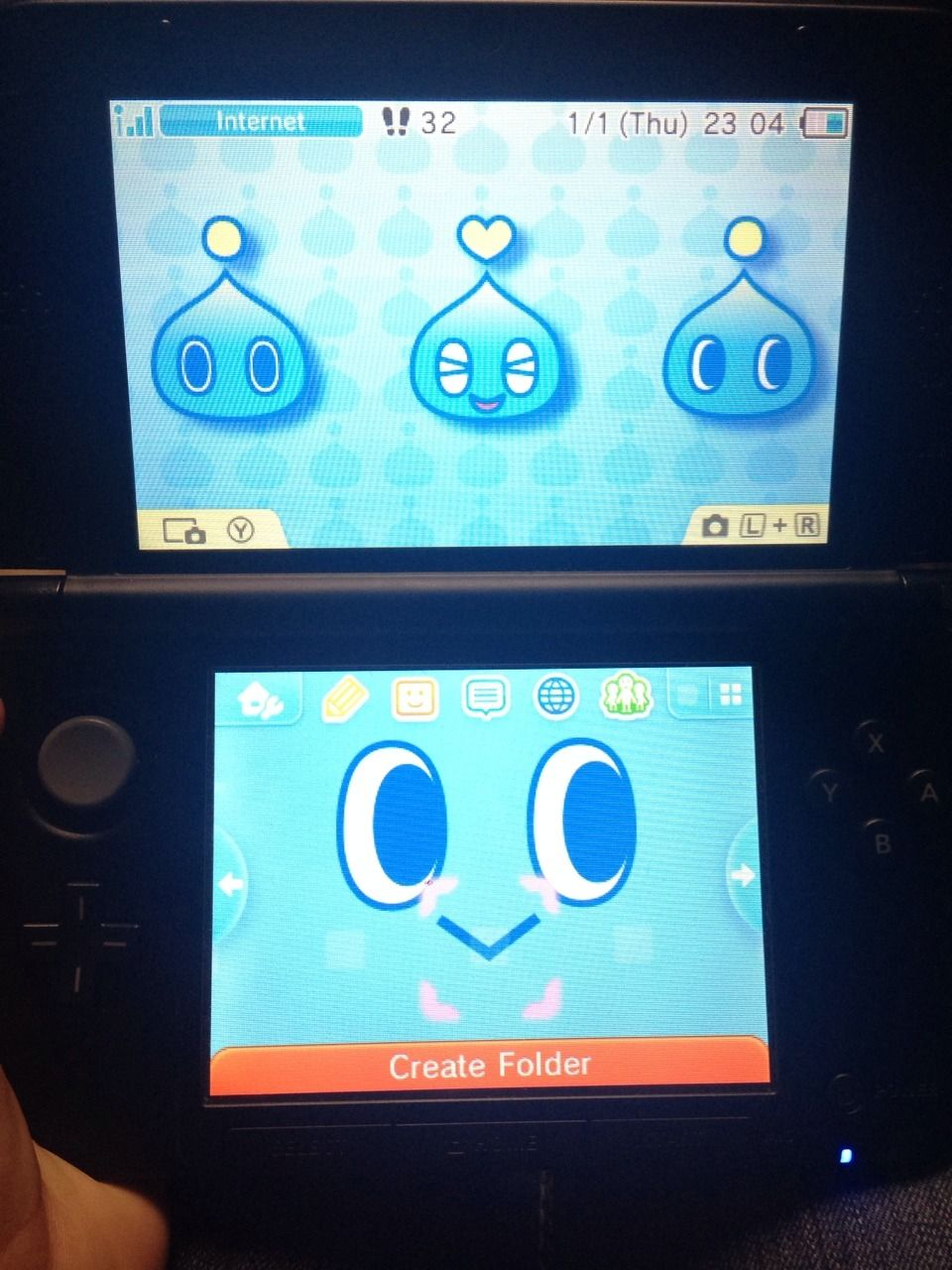 "bluebearyl:""I bought the Chao theme for my 3DS and it's the cutest"