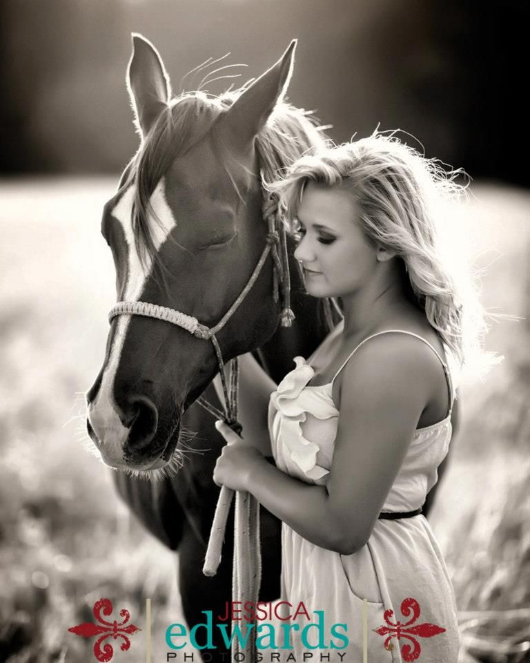 Senior Picture Ideas In The Country: Pin By Melonie Marie On Horse-Senior