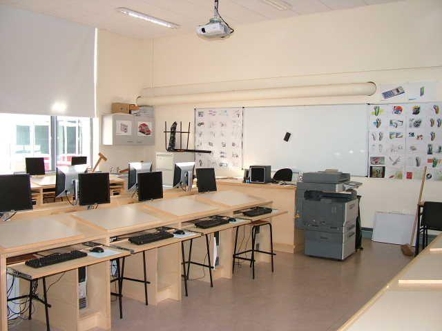 Computer Room Design Ideas Part - 22: Modern One Room Schoolhouse Designs | Computer Room Design (1)