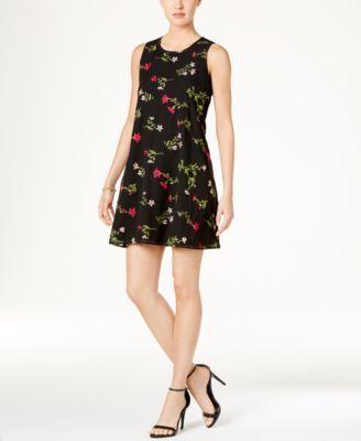 TOMMY HILFIGER Tommy Hilfiger Floral Embroidered Shift Dress. #tommyhilfiger #cloth # dresses