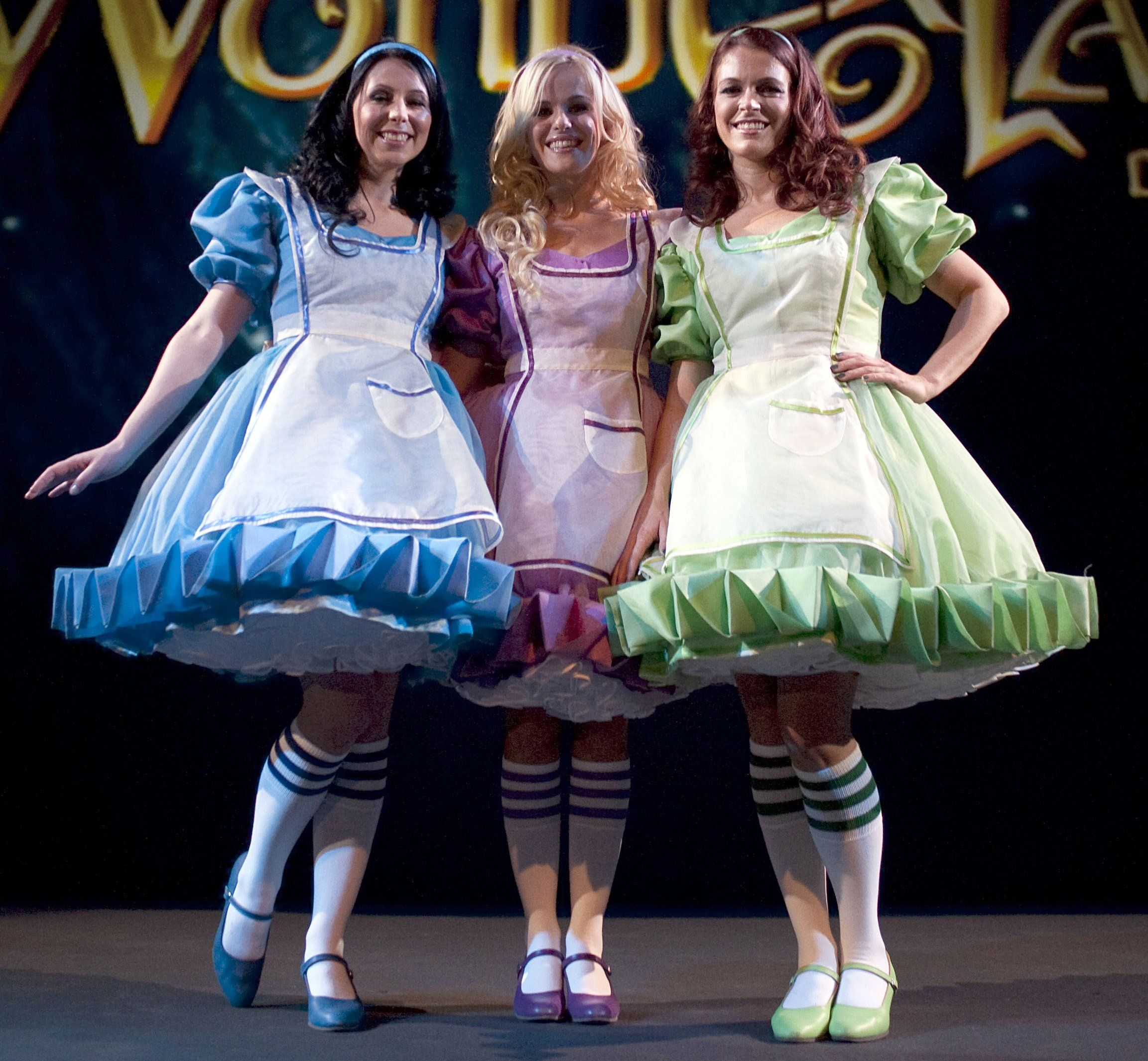 K3 Alice In Wonderland Musical Girly Girl Outfits Girl Outfits Alice Costume