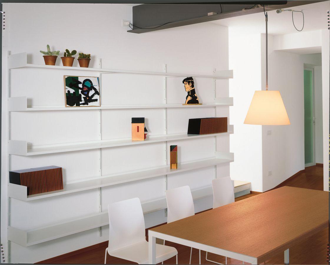 Libreria Metallo Modulare.Libreria A Muro Modulare In Metallo Laccato Per Soggiorno