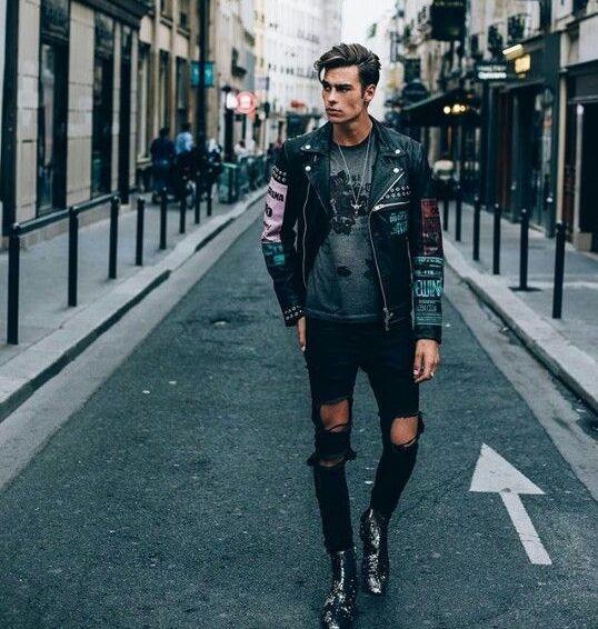 """Photo of APENAS SELMA no Instagram: """"Street Style Monday 😜Compre nosso Instagram, o link está na biografia! Siga @ydentitymag para mais informações! #ydentitymag. . . . . #fashion # men … """""""