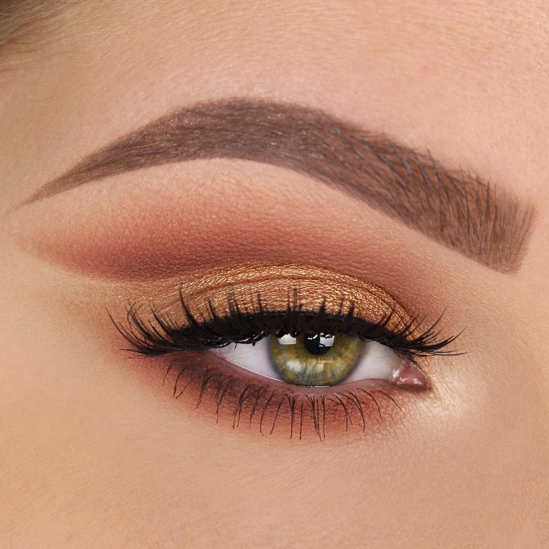 warm brown winged cut crease, gold lid, no liner