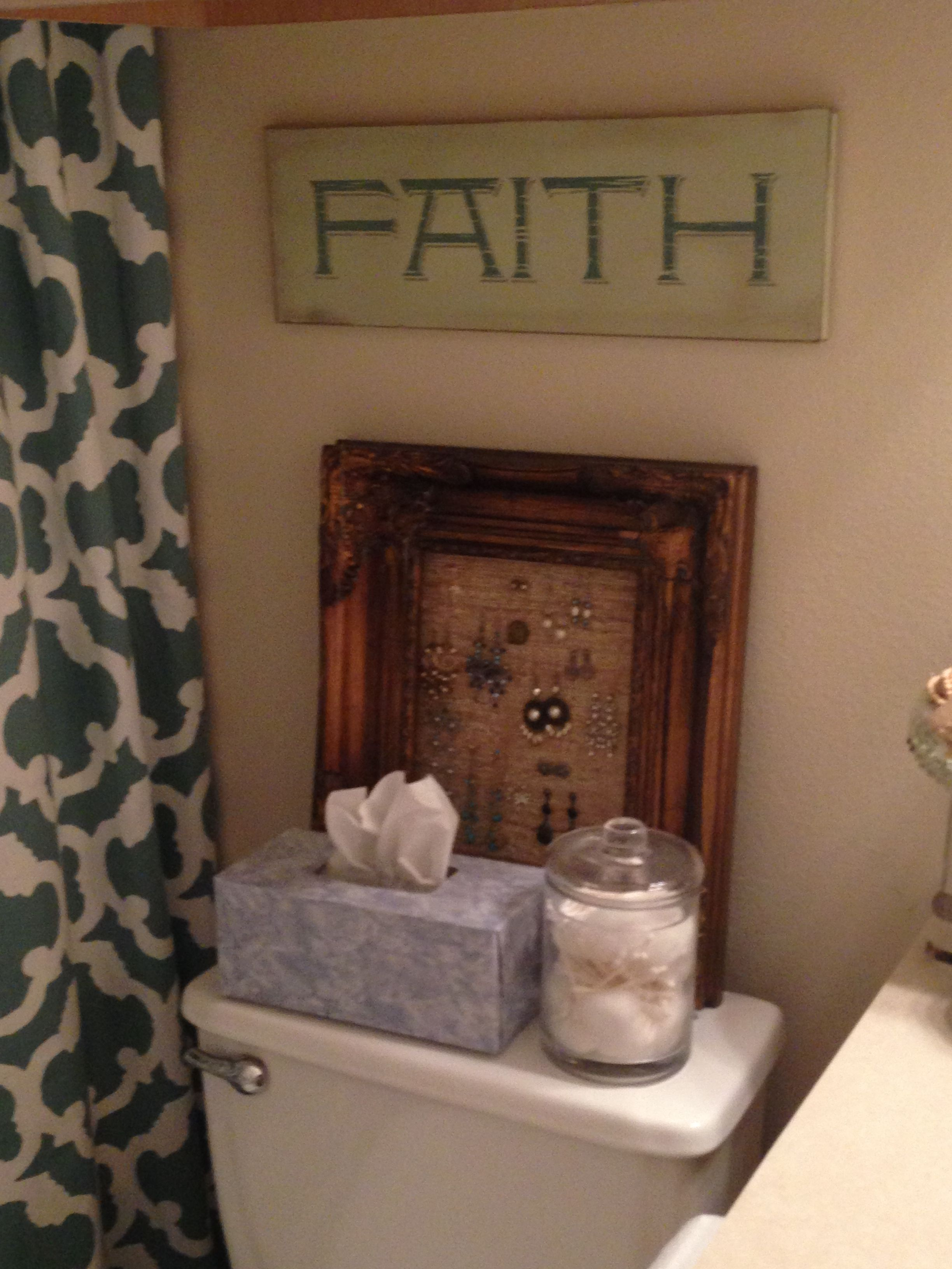 Burlap and frame jewelry holder